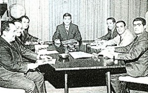 A meeting of the IAA Chapter of Lebanon executive co….. in the early sixties, grouping Rafic Habib, Mounir Takchi, Samir Fares, Erwin Guerrovich, Adnan Shoucair, Chafic Hadaya, and Jean Rizk, president.