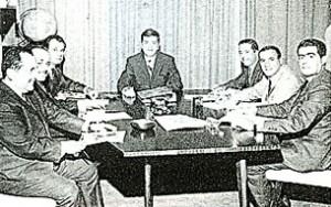A meeting of the IAA Chapter of Lebanon executive co….. in the early sixties, grouping Rafic Habib, Mounir Takchi, Samir Fares, Erwin Guerrovich, Adnan Shoucair, Chafic Hadaya, and Jean Rizk, president.